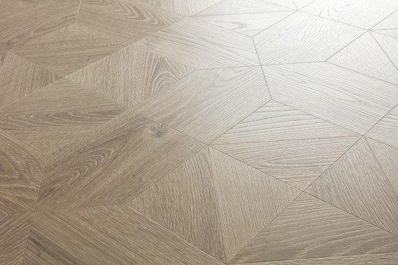 Дуб серый теплый брашированный - главное фото