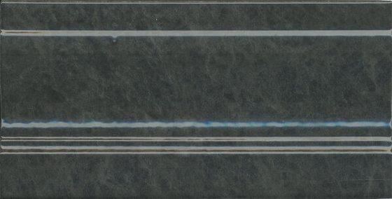 Плинтус Стемма зеленый темный - главное фото