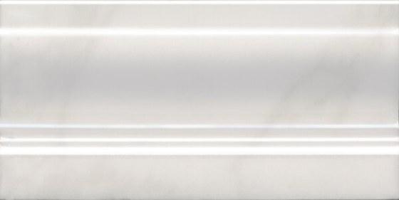 Плинтус Висконти белый - главное фото