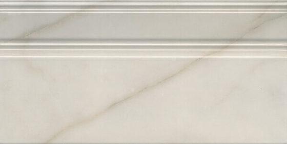 Плинтус Греппи белый - главное фото