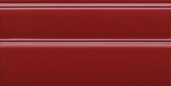 Плинтус Даниэли красный обрезной - главное фото