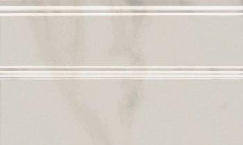 Плинтус Гран Пале белый-5549