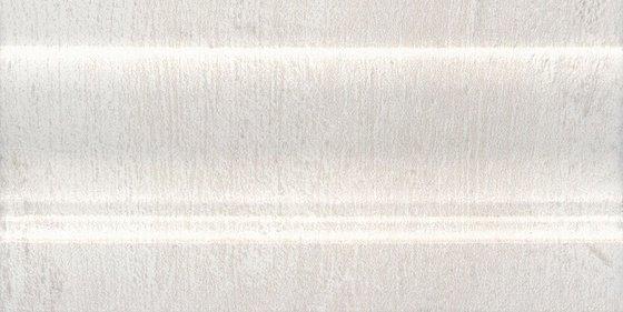 Плинтус Кантри Шик белый - главное фото